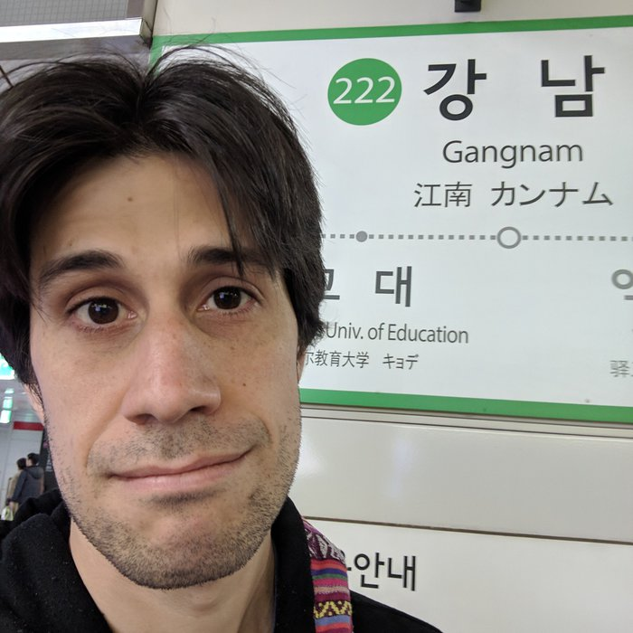 Pablo by the Gangnam subway station. Click for full-size image.